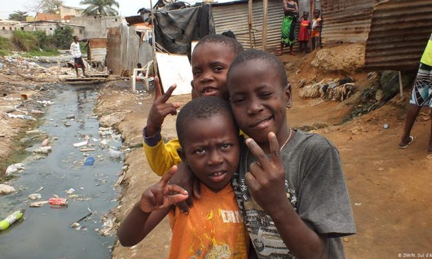 31 ways to pray for teens & children: Day 25. Compassion for the less fortunate